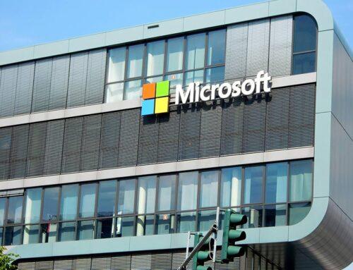 Lotus PRO in Microsoft z roko v roki